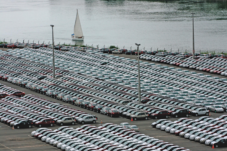 Carros produzidos pela Ford no PortoCamaçari.