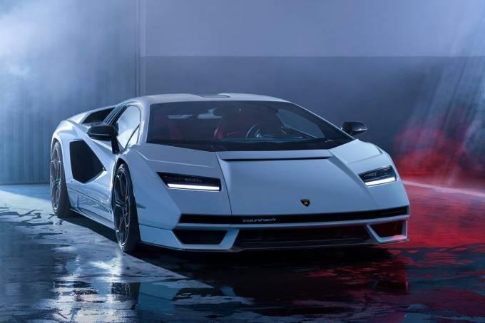 Lamborghini-Countach_LPI_800-4-2022-1280-03