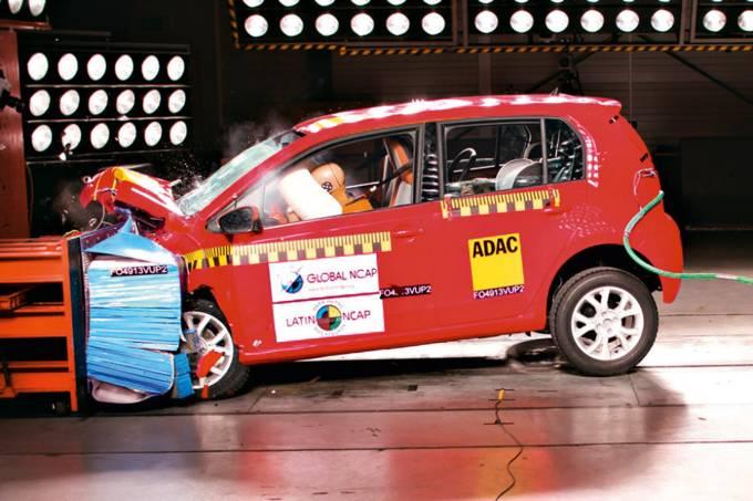VW UP Crash Test