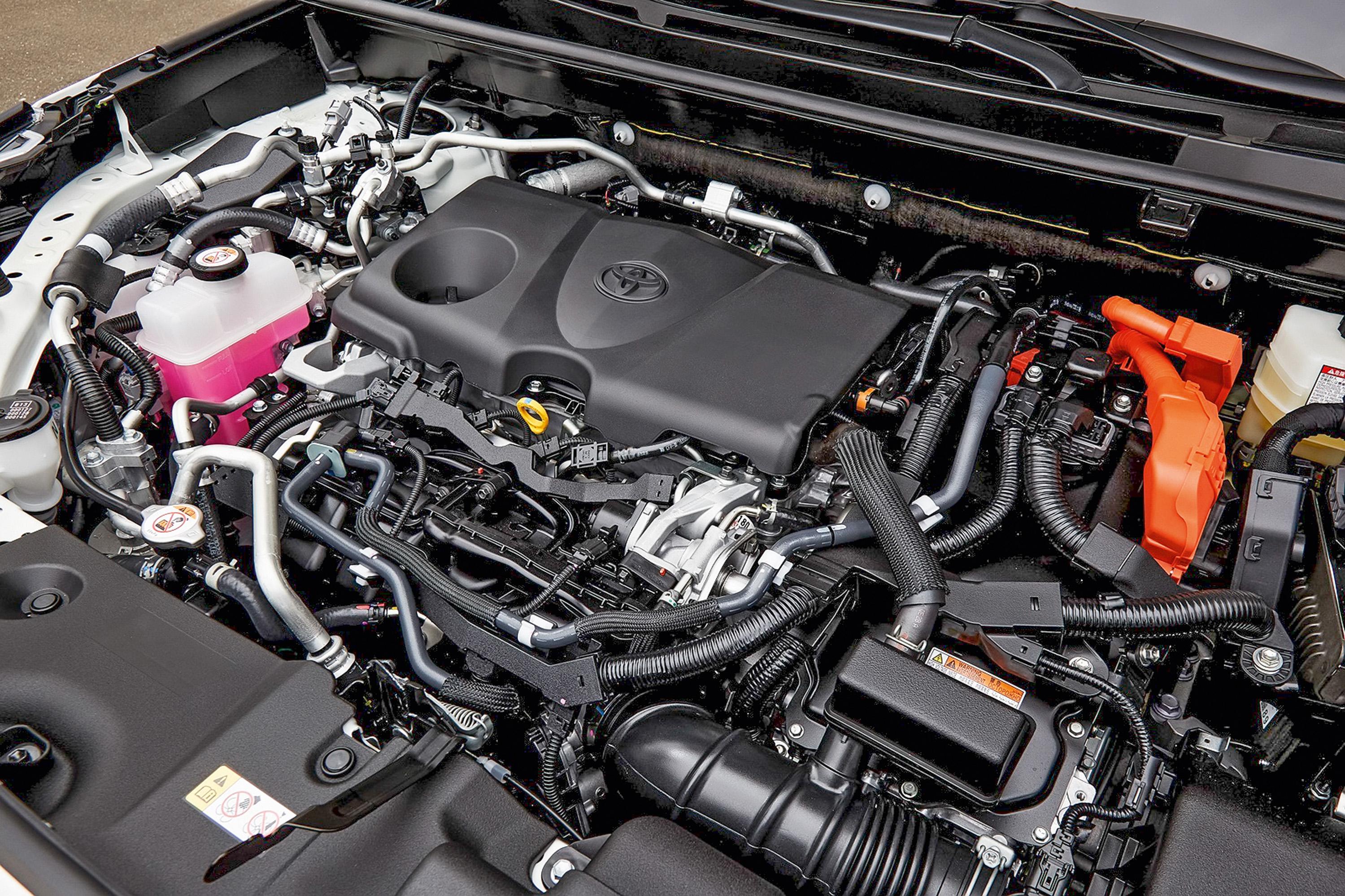 Toyota-RAV4-PHEV-16.jpg