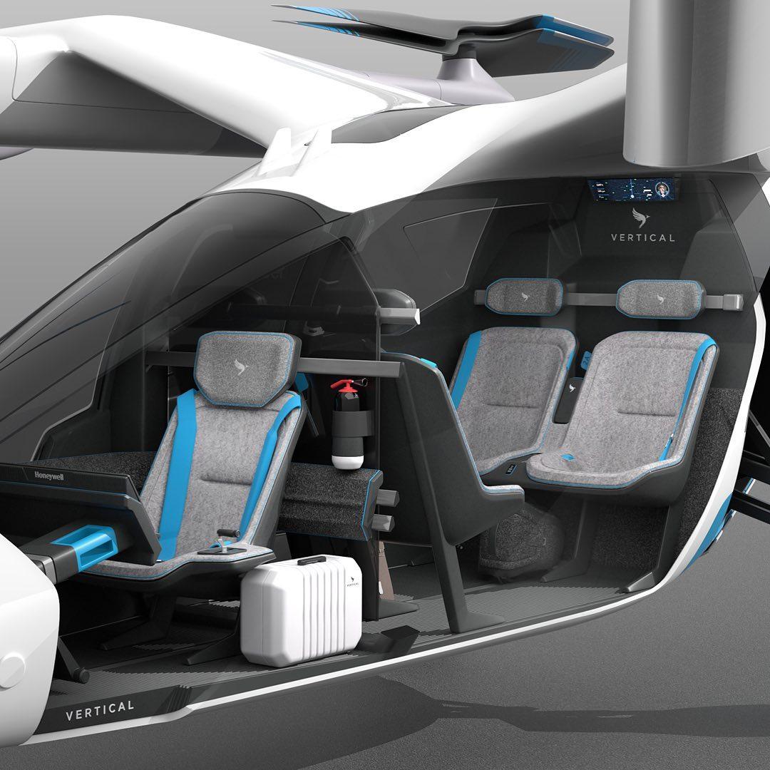Cabine do VA-X4 tem duplas de assentos opostas