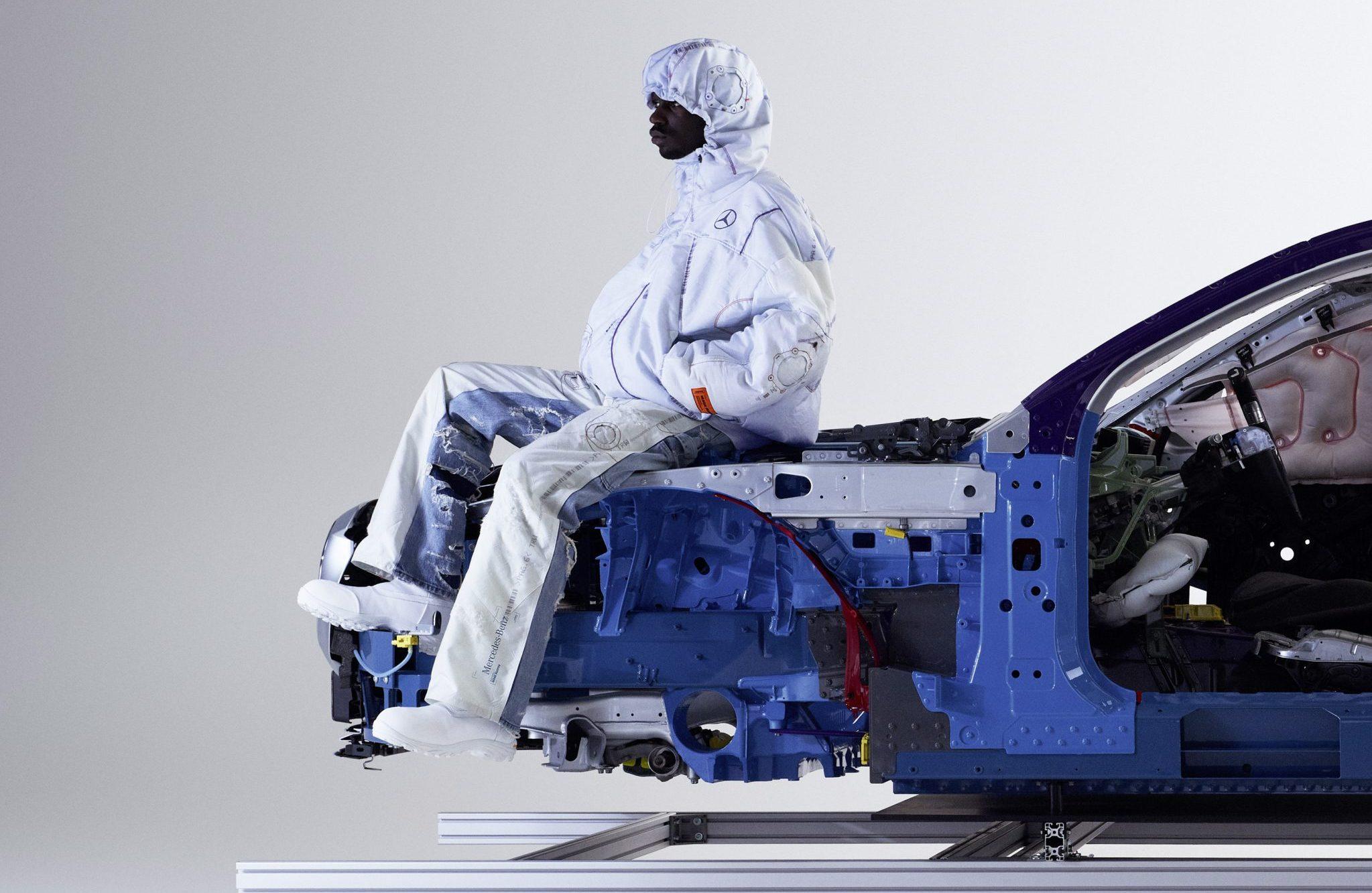 Coleção de roupas feitas com airbags pela Mercedes-Benz