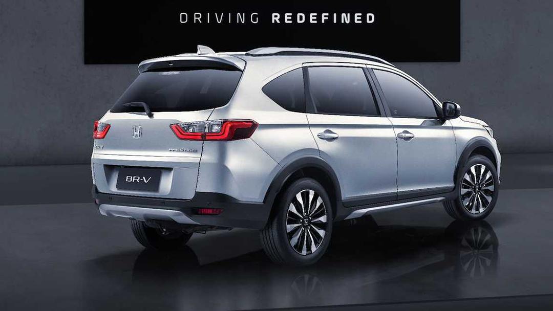 Honda BR-V lançado na Indonésia traseira
