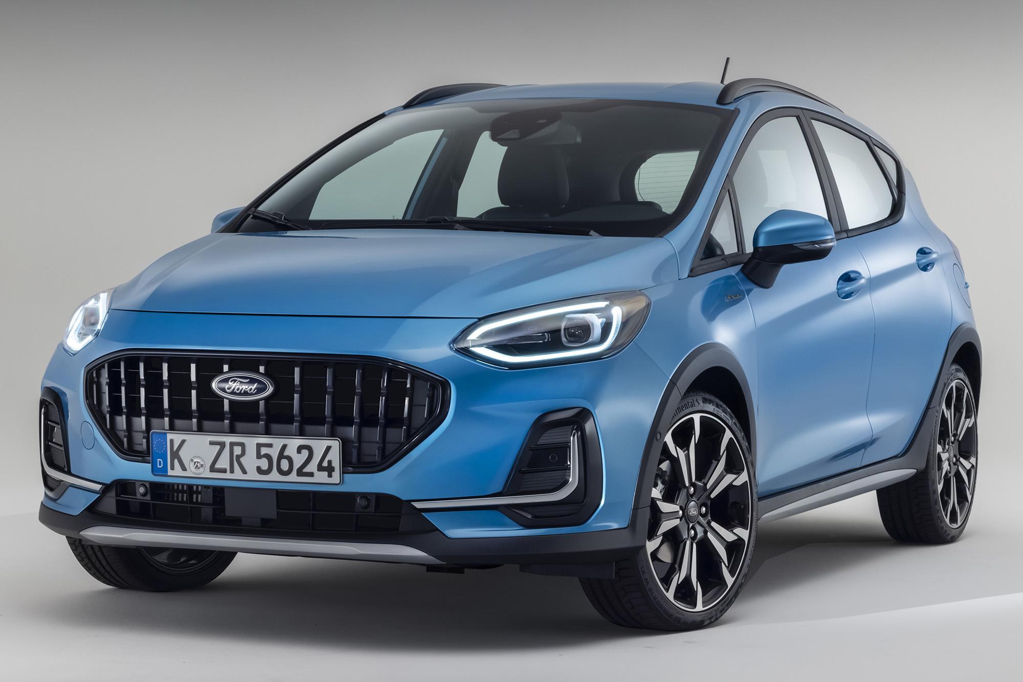 Ford Fiesta 2021 azul visto 3/4 de frente