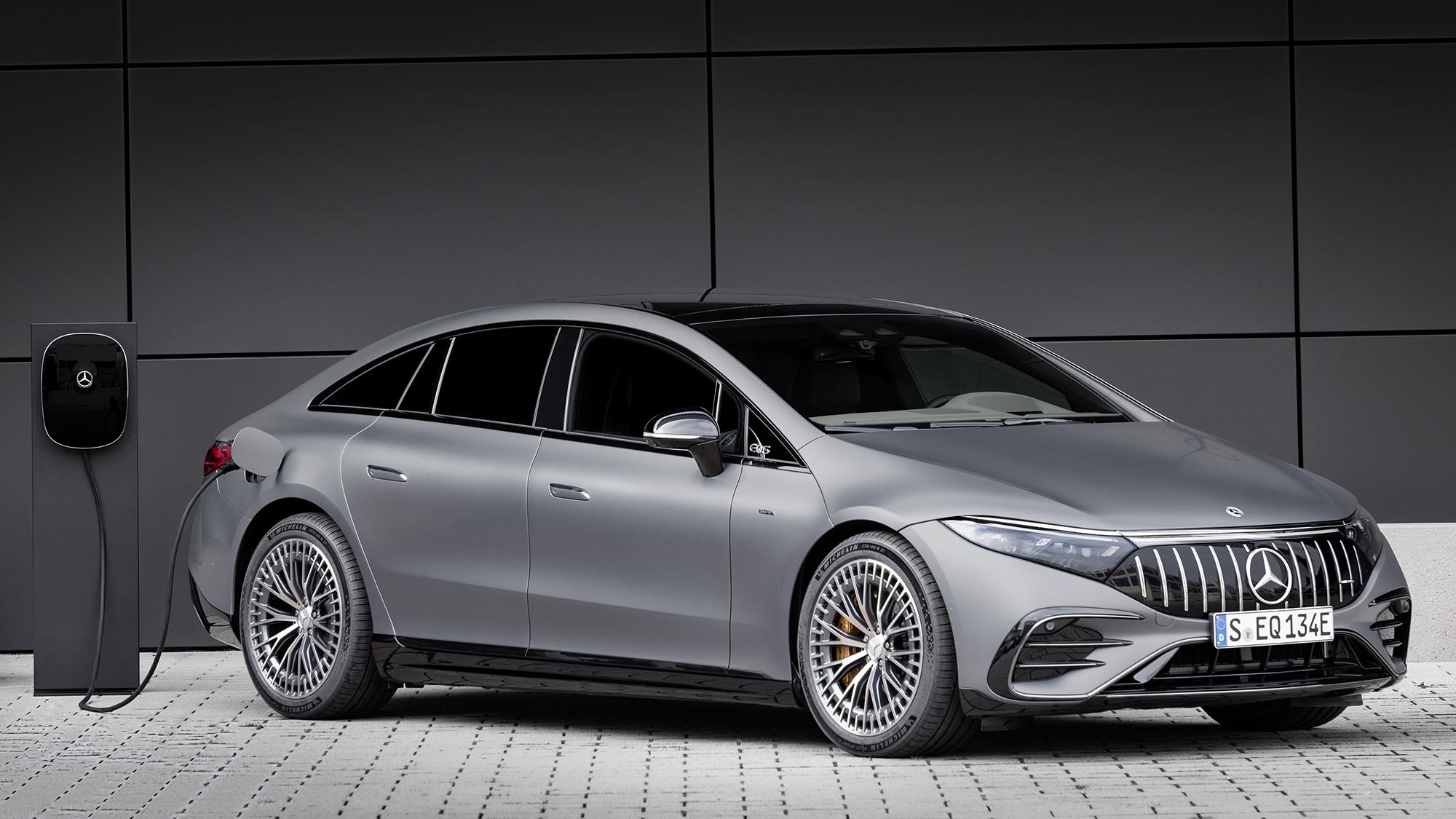 Mercedes-AMG EQS 53 4MATIC+ visto 3/4 de frente