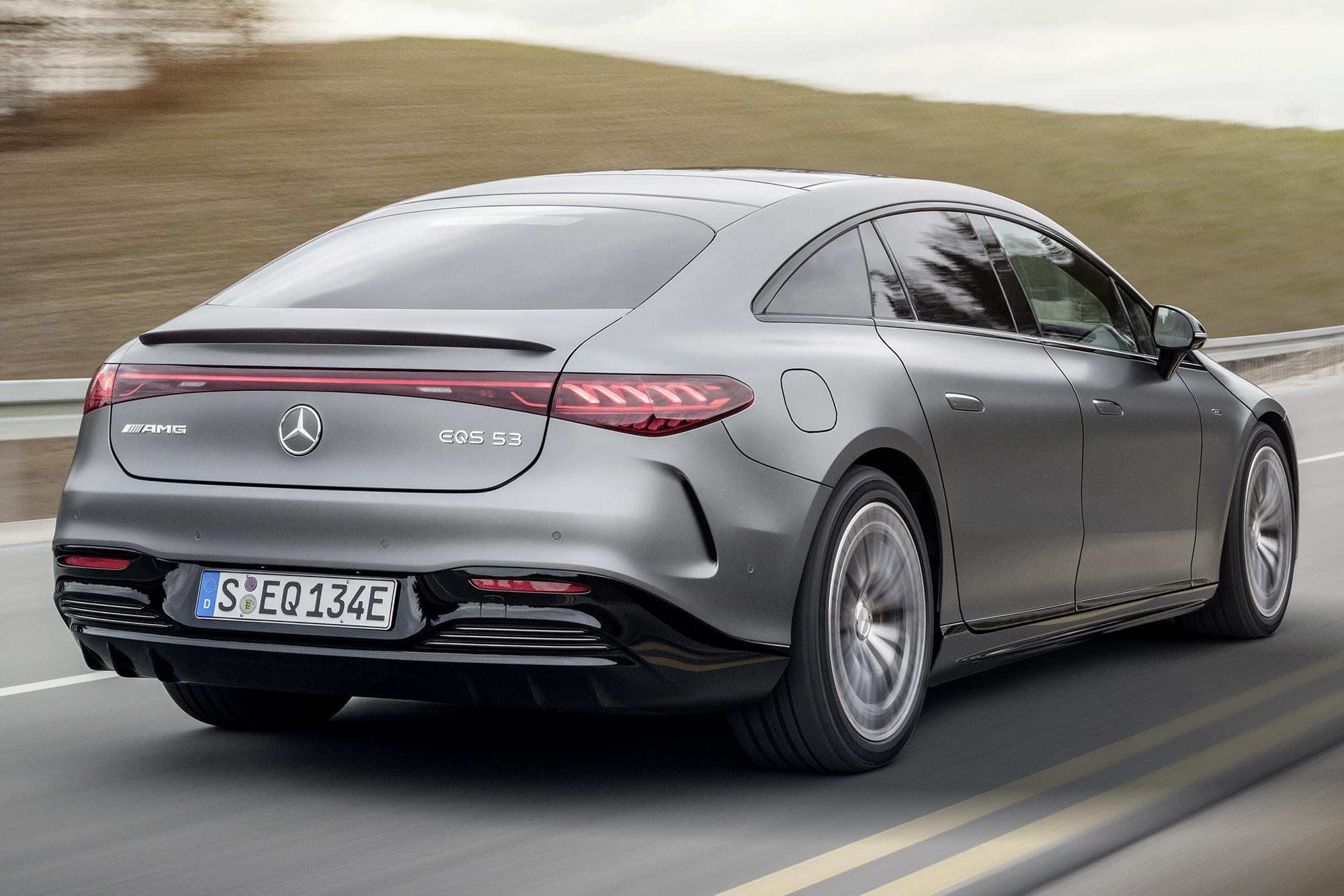 Mercedes-AMG EQS 53 4MATIC+ visto 3/4 de trás