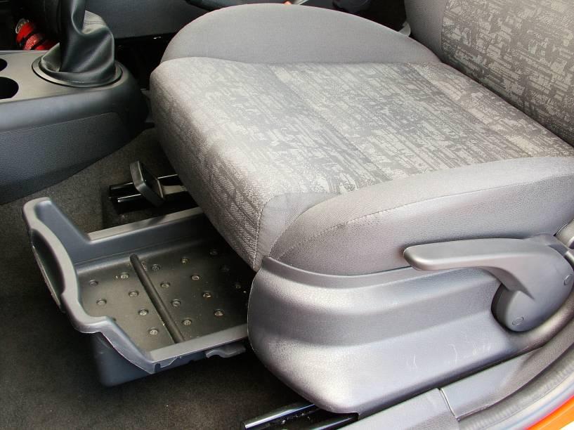 Porta-trecos do banco do motorista