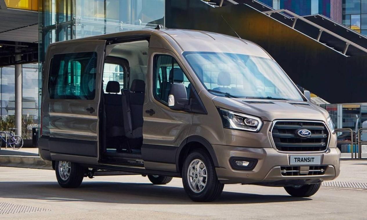 Ford cria divisão de veículos comerciais para relançar a Transit no Brasil
