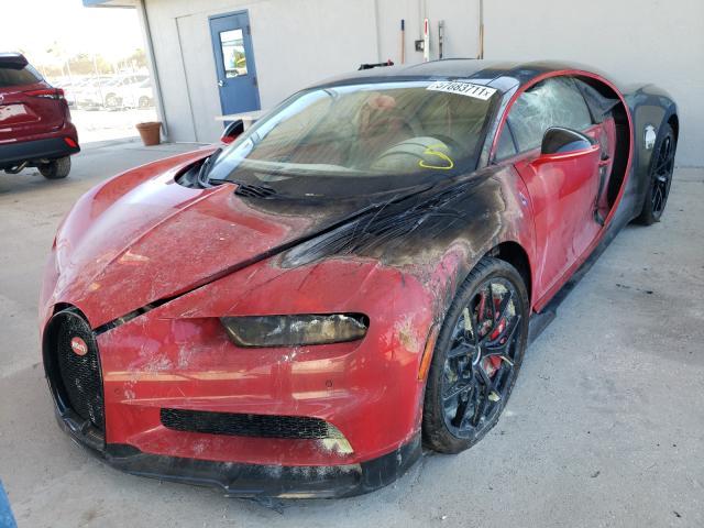 Bugatti chiron queimado