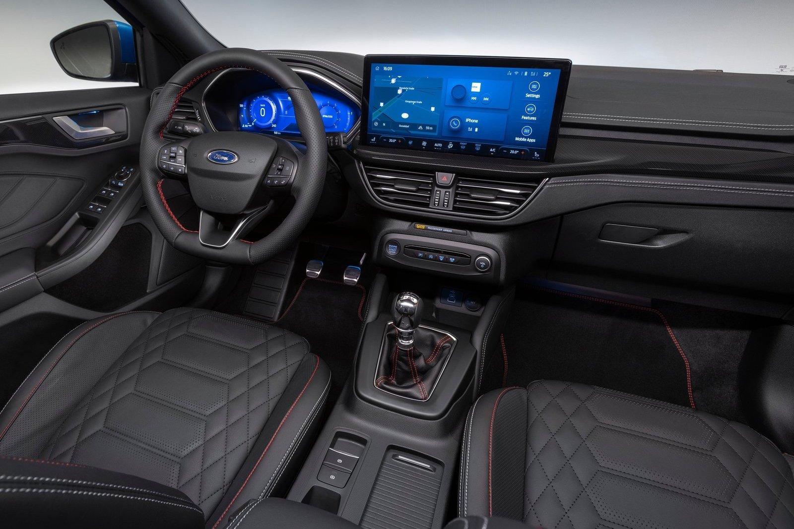 Ford-Focus-2022-1600-06.jpg